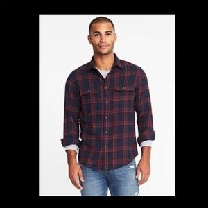Regular-Fit Built-In Flex Flannel Shirt